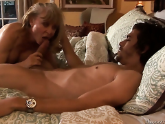 Pretty sweetie Nina Hartley finds myself sucking Xander Corvuss erect sausage